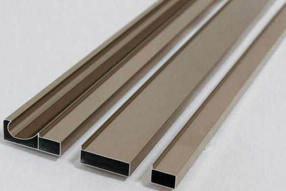 铝型材开模